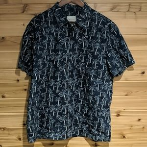 American Eagle Navy Blue Palm Tree Button Down XL